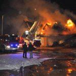 Zaatakowano dom działacza PiS: Wulgarne napisy, podpalenie budynków, poprzebijane opony – Prowadzimy działalność patriotyczną